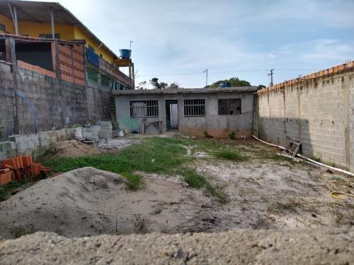 Casa Lado Praia Em Itanhaém Com 2 Quartos E 250 M2- 5600/pg