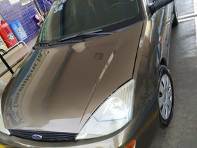 Ford Focus 2.0 Ghia 5p 2001