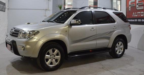 Toyota Hilux Sw4 Srv 3.0 Tdi 2011 Diesel Gris Buen Estado!