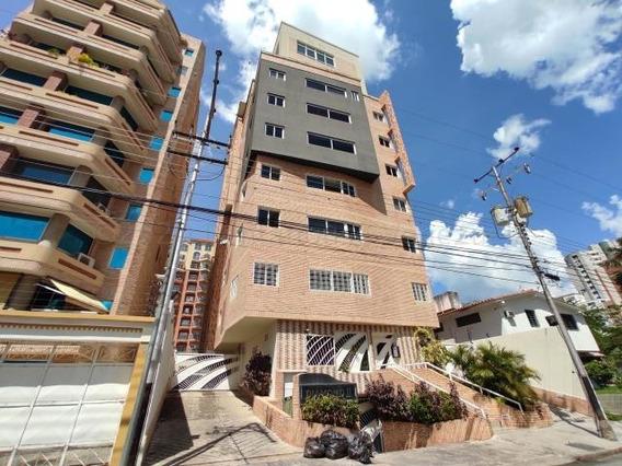 Apartamento En Venta Urb La Soledad Maracay/ 21-5083 Wjo