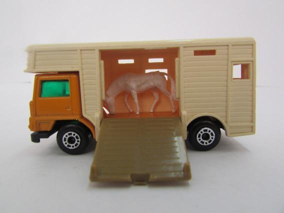 Escala 1/64 Matchbox Horse Box Nº 40 Com Cavalo Jorgetrens