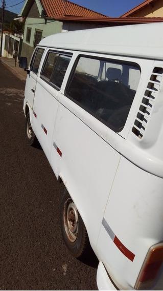 Volkswagen Kombi Karat