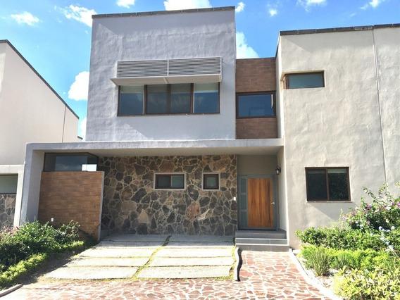 Espectacular Casa En Renta En Altozano Querétaro