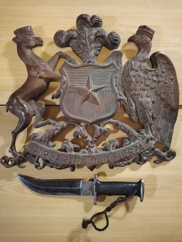 Imagen 1 de 5 de Gran Escudo De Chile, Bronce Macizo. Antiguo.