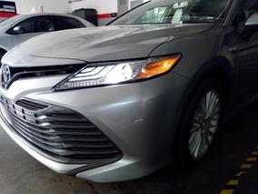 Toyota Camry 2.5 Xle Hibrido 2019 Nuevo Plata