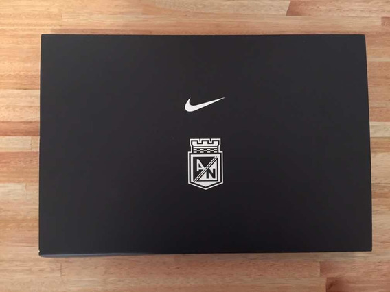 Atlético Nacional- Boxset + Camiseta 2014- Nike