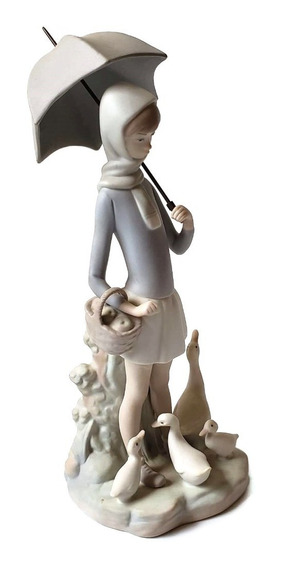 Figura Porcelana Lladró Niña Con Paraguas Y Patos #4510
