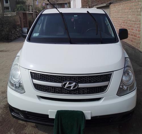 Hyundai H-1 3van