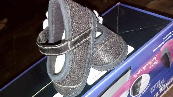 Calçados De Varios Tamanho ! R$ 10,00 Cada !