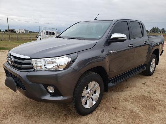 Toyota Hilux Sr 2.4 Tdi