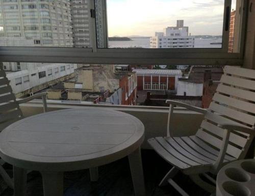 Apartamento En Alquiler Por Temporada De 3 Dormitorios En Peninsula