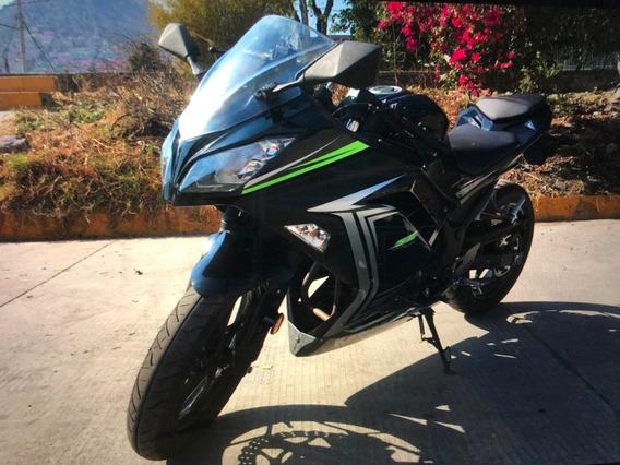 Kawasaki Ninja 330 Modelo 2015.... Fabulosa !!!