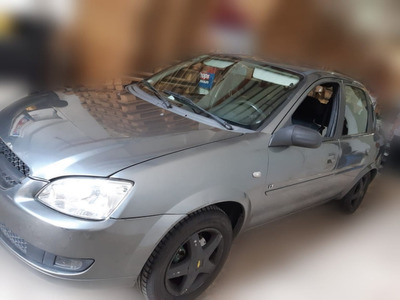 Auto Para Uber Corsa 2010 4p Gnc/nafta Con A.acond 70000km