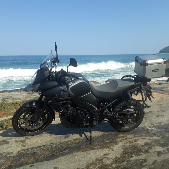 Suzuki Vstrong1000