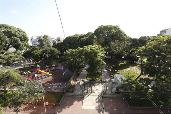 Depto 4 Ambientes Balcon Frente A La Plaza Cocher