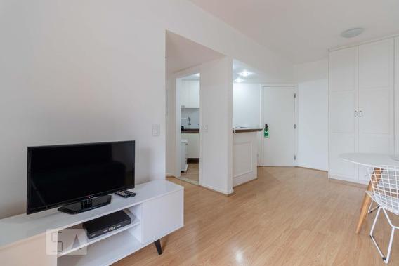 Apartamento À Venda - Vila Nova Conceição, 1 Quarto, 45 - S893071160
