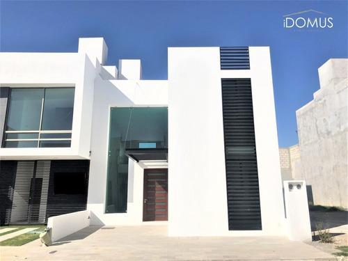 Se Vende Casa En Residencial Diamante