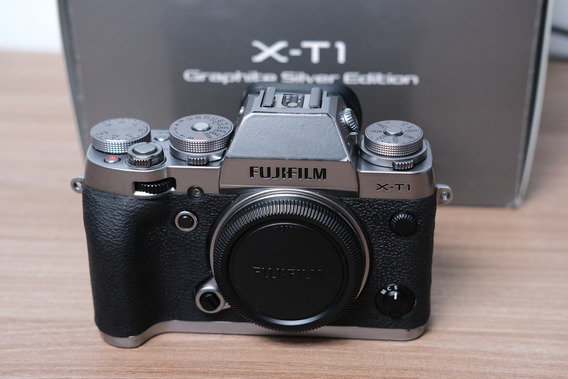 Camera Fuji Xt1 Fujifilm Pouco Uso Na Caixa Original X-t1