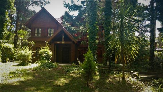 Casa En Venta 5 Ambientes En Mar De Las Pampas (cod. V1210)