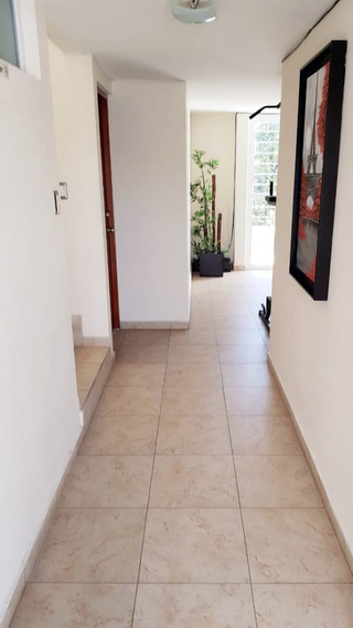 Casa En Venta, Remodelada Para Rentar 6 Habitaciones Con Baño
