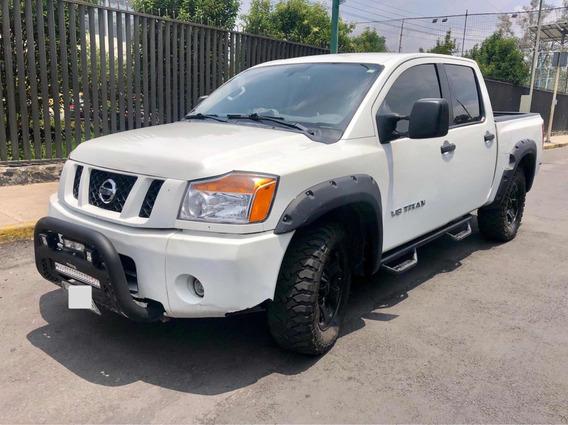 Nissan Titan 5.6l Crew Cab S 4x4 Mt 2014