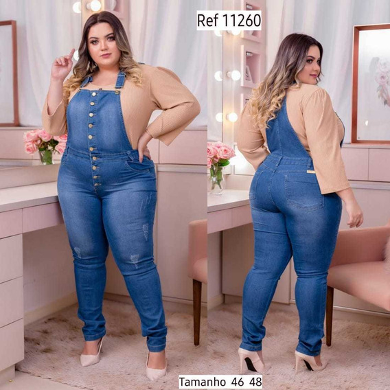 Jardinheira Jeans Feminino Plus Size