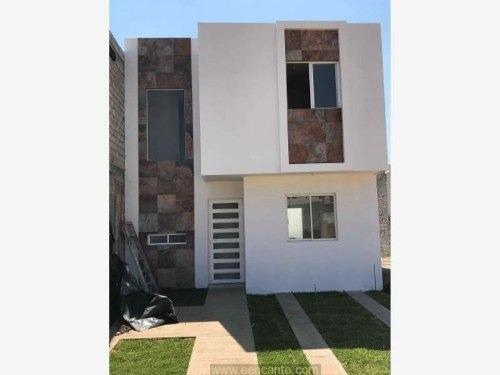 Casa Sola En Venta Fracc Bugambilias