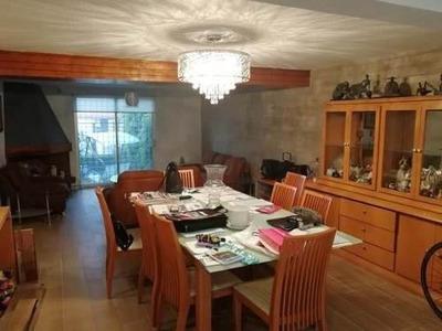 Casa En Venta Re-modelada En Lomas Del Sol