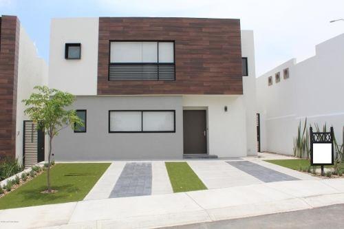 Casa En Venta En Zibata, El Marques, Rah-mx-20-741