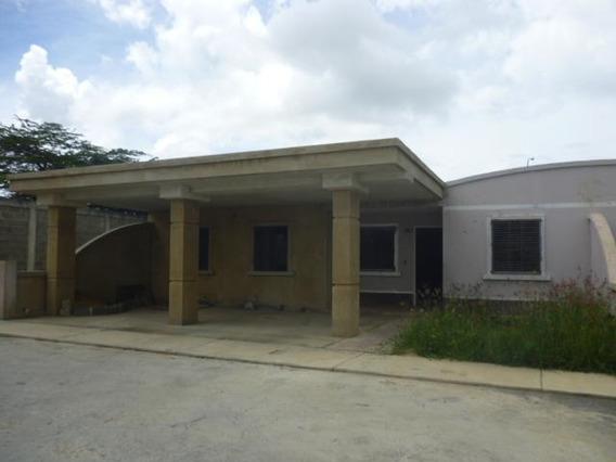 Casa En Venta Roca Del Norte, Flex: 20-3516
