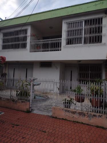 Casa En Venta Para Remodelar En El Barrio Limonar
