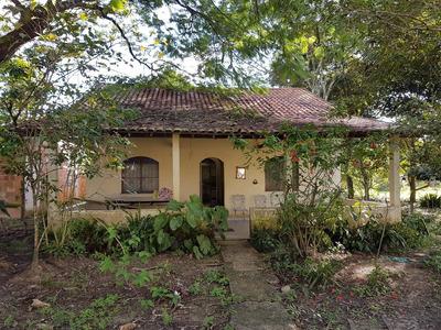 Sitio Com 9000 Metros Com Casa De Dois Quartos Com Suite.