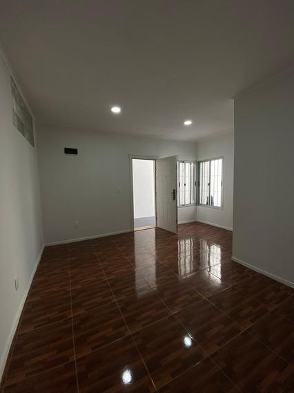 Apartamento 1 Dormitorio Reducto Sin G/c