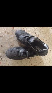 Tenis Sneakers Steve Madden Gris Negro Vintage Distroyer.