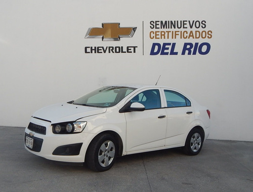 Imagen 1 de 15 de Chevrolet Sonic Ls 2016 Blanco