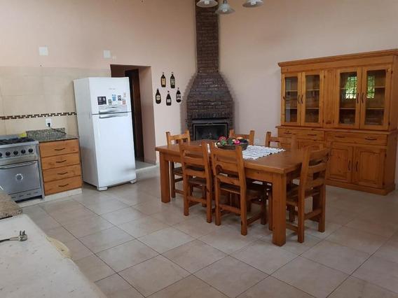 Alquiler - Casa Quinta En Chacras De Canning