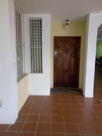 Se Vende Casa Sencilla De Dos Niveles En Arivana, Altavista