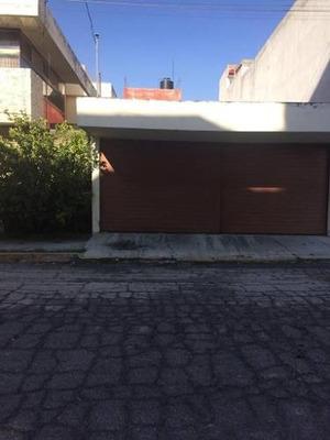 Casa En Venta En Villa Carmel