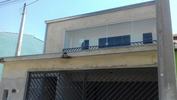 Assobradado 3 Dorm/ Sala/ Coz/ 2 Banh/ 4 Garagens