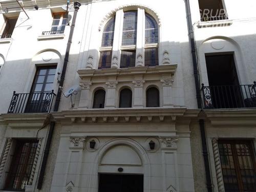 Imagen 1 de 16 de Departamento En Venta De 7 Dorm. En Santiago