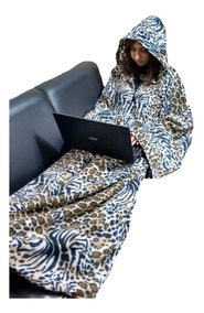 Cobertor Com Mangas E Capuz - Fechado - Kit Com 02 Peças