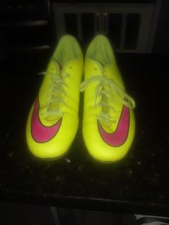 Zapatos Nike Tacos Para Fútbol Mercurial ($40)