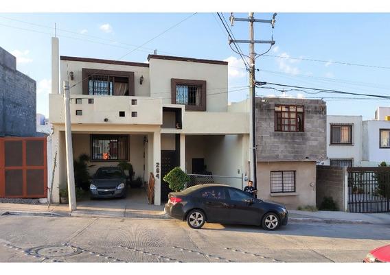 Casa En Venta En Balcones Del Valle Con Alberca