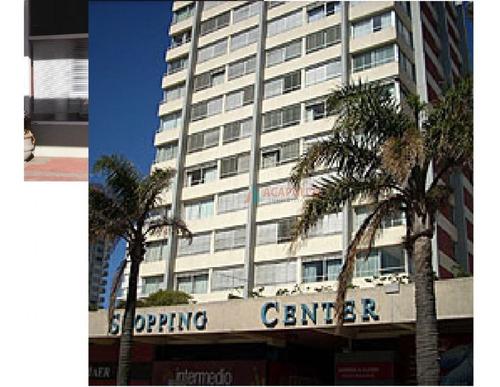 Local Ubicado En Gorlero Y Calle 29 Dentro De Galeria.  32 M2 Total En Dos Plantas Con Baño.-- Ref: 3059