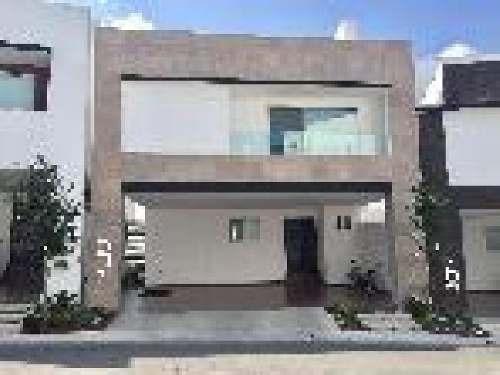 Casa En Renta Nueva En Cumbres Madeira En Privada Con Alberca, 4 Recamaras