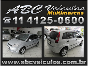 Ford Fiesta Personnalite 1.0 - 2003 - Bem Conservado