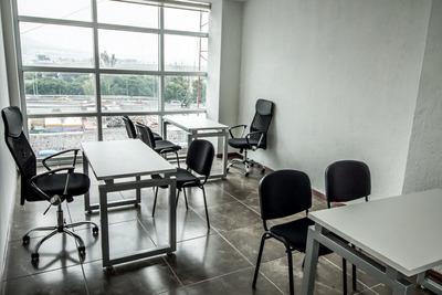 Amplia Y Cómoda Oficina Con Todos Los Servicios Incluidos