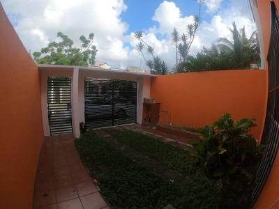 Venta De Casa Tres Rec. Villamar 1 Playa Del Carmen