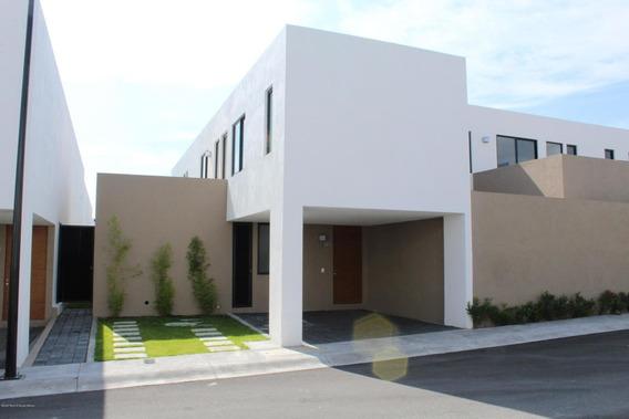 Casa En Renta En Zibata, El Marques, Rah-mx-20-3224
