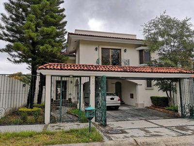 Hermosa Y Amplia Casa En Bugambilias 1ra Sección